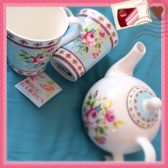 Rose garden tea pot and cups