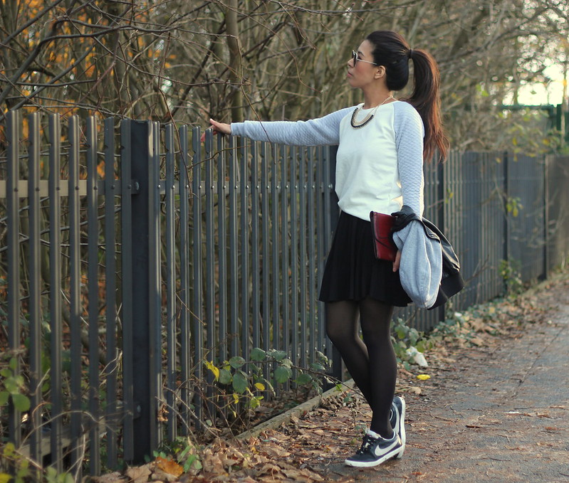 Article 21 Fashion & Style Blog, manchester fashion bloggers, primark quilted jumper, topshop quilted jumper, primark xmas jumpers, topshop quilt, nike trainers, quilted outfit