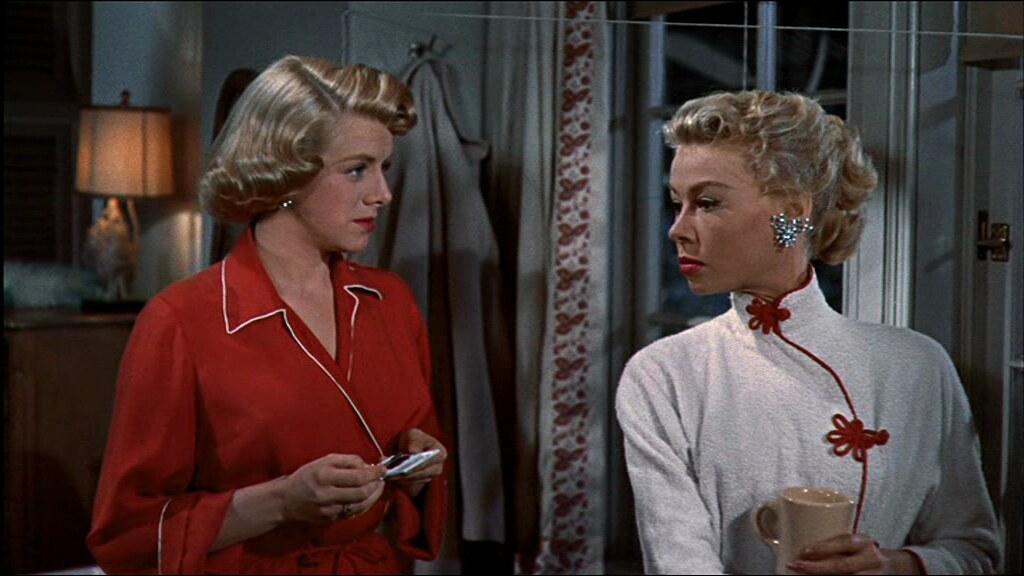 white-christmas-fashion-vera-ellen-rosemary-clooney