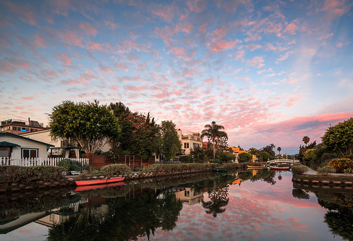 california pink blue venice reflection water colors clouds composition canon reflections landscape photography la losangeles community candy puff cotton 5d cloudporn cottonballs markii venicecanals
