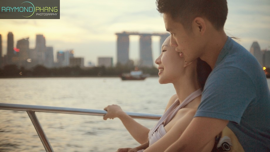 Proposal Photoshoot on Yacht & Lazarus Island by Raymond Phang Photography