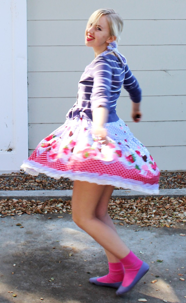 #modtwirl spinning in a floral spring skirt