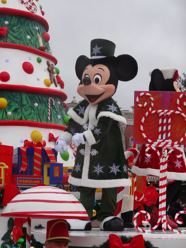 Un séjour pour la Noël à Disneyland et au Royaume d'Arendelle.... - Page 6 13900034124_70d7e050c6_b