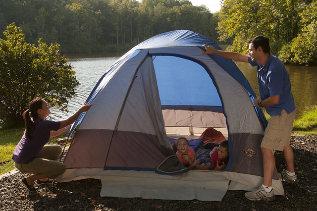 Pitching a tent at Bear Creek Lake State Park