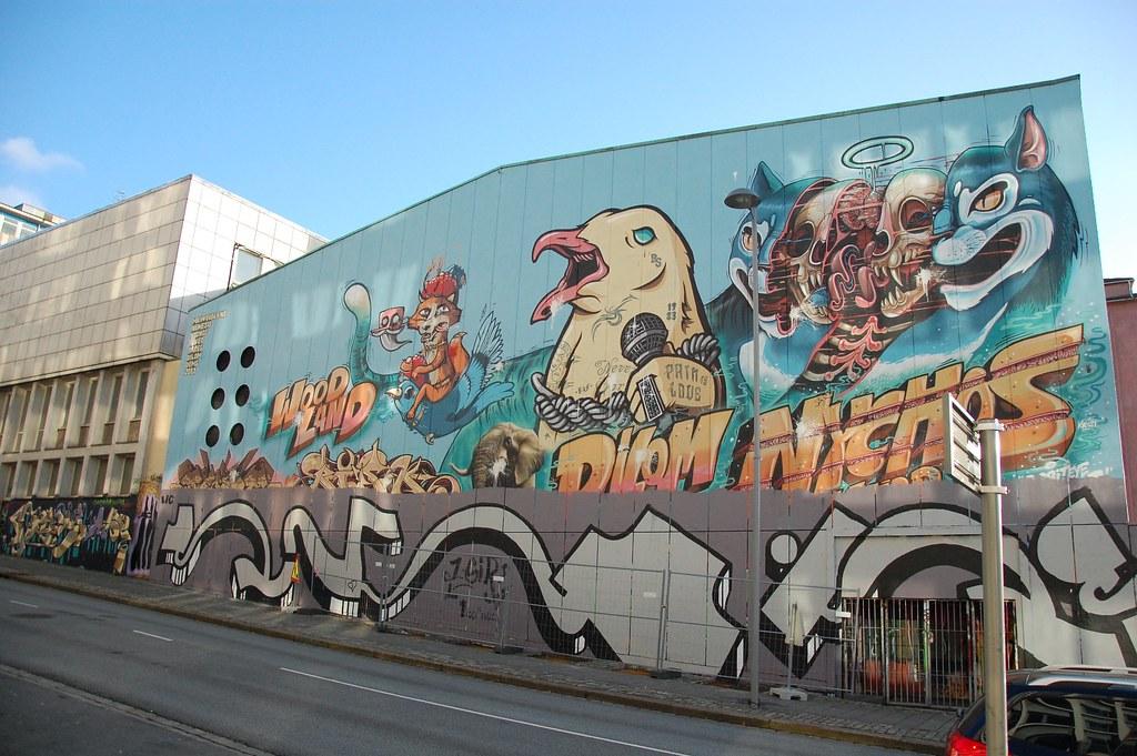 Y otro graffiti más