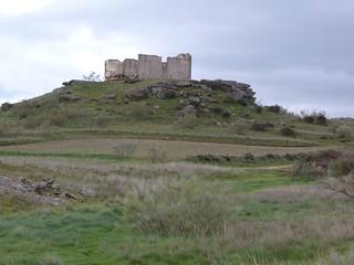 Ermita del cerro de San Isidro, junto a Domingo García (Segovia)