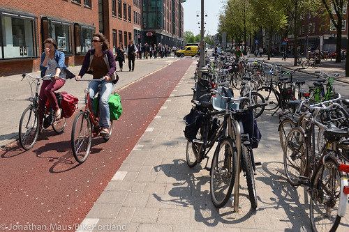 Sunday afternoon on Jodenbreestraat-4