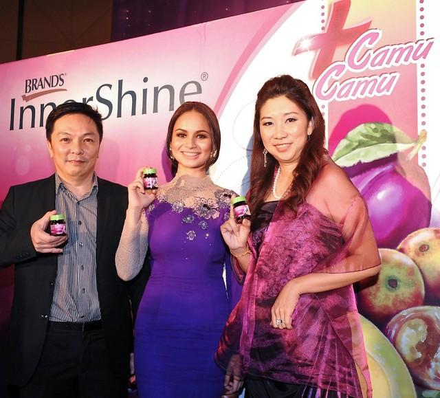 Mr.koh Joo Siang And Ms Carmen Liew With The New Face Of Innershine Prune Essence Plus Camu Camu, Izara Aishah Copy