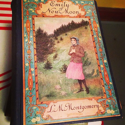 #vintage children's books are the prettiest.