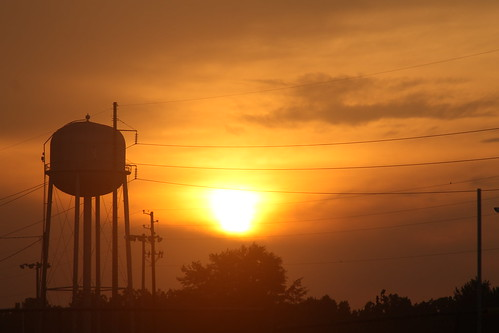 sunset watertower creation canonef28135mmf3556is