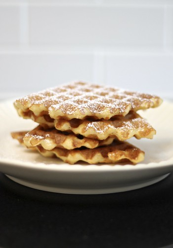 Buttermilk and Grits Waffles (Gluten-free)