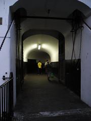 tunnels 005