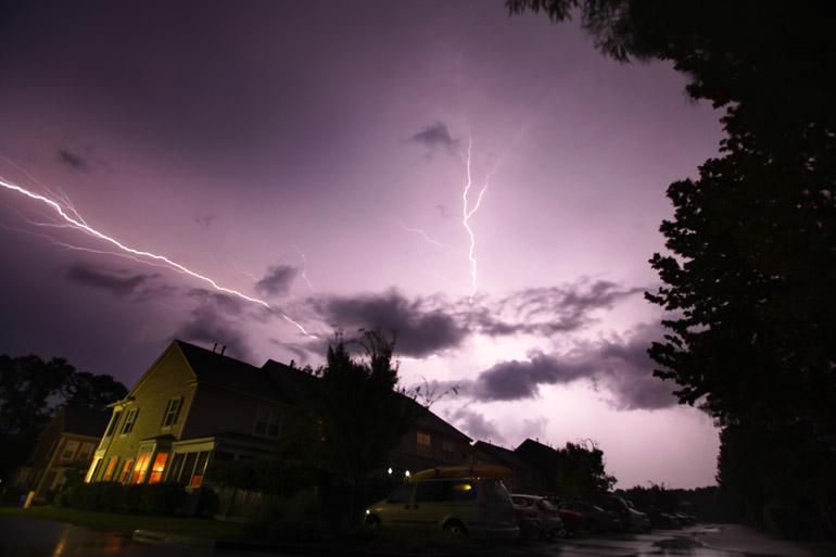 web_lightning_backyard_0019