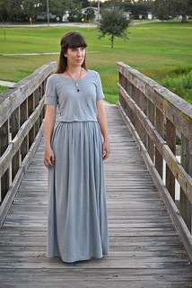 DIY maxi dress from jersey knit sheet