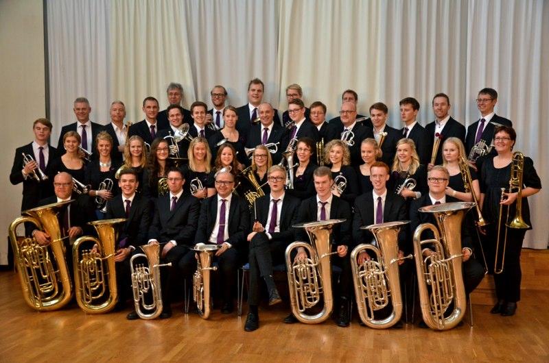 Brassbandfestivalen 2012 - Åsenhöga Missionskyrkas Brass Band med ny dirigent?