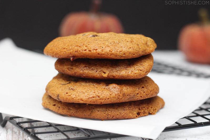 pumpkinchocolatechipcookies2