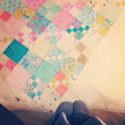 Sandwiching the quilt top. #pennypatchqal