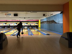 team sport(0.0), individual sports(1.0), leisure centre(1.0), sports(1.0), leisure(1.0), ball game(1.0), ten-pin bowling(1.0), bowling(1.0),