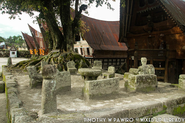 Indonesia - North Sumatra - Medan - Stone Chair of King Siallagan - Batak Traditional Village - Stone chair area (2)