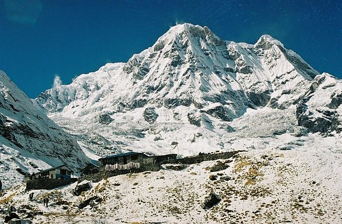 autumn nepal camp mountain snow 2004 analog trekking trek landscape wind south peak glacier round summit himalaya base annapurna sanctuary refuge annapurnas canoneos300