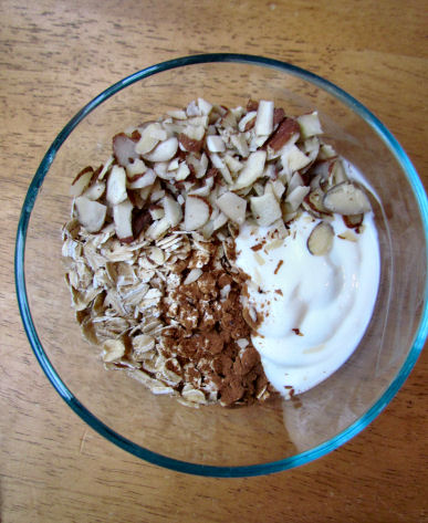 Oats Almonds Cinnamon Yogurt