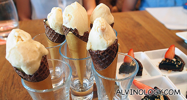 Homemade leche merengada ice-cream (tasting portion) - served with the chocolate tarts