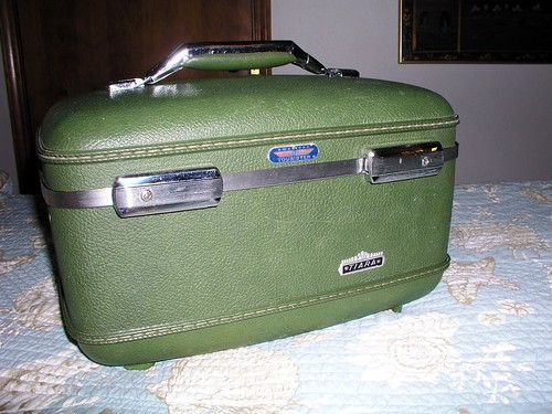 American Tourister train case