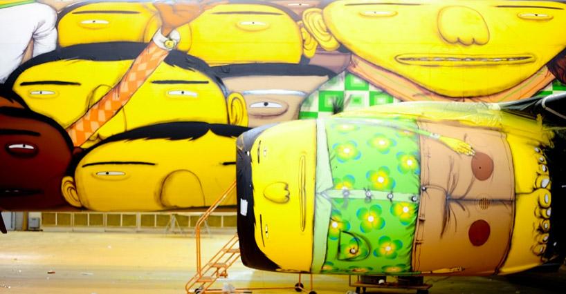os-gemeos-graffiti-the-brazilian-national-teams-world-cup-plane-designboom-05