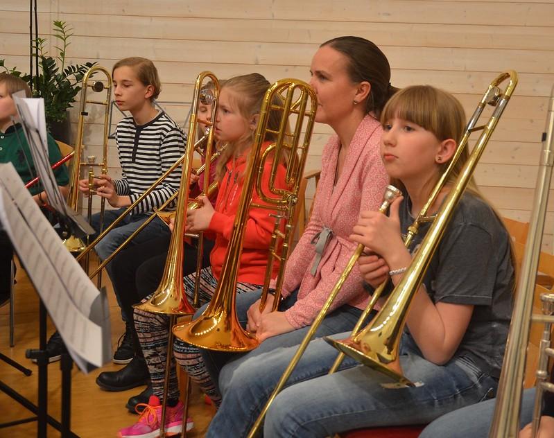 Trombonerna inväntar instruktioner
