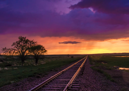 railroad sunset orange southdakota canon vanishingpoint purple perspective eos60d