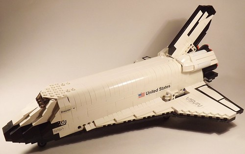 Space Shuttle Discovery - Left