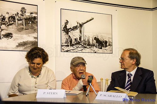 Lo sbarco in Sicilia rivive nelle foto di Phil Stern$