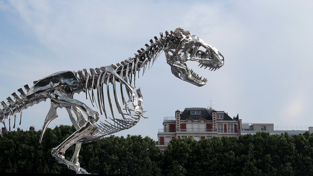 T-rex on the Seine