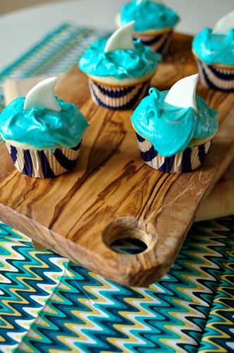 Shark Cupcakes 1