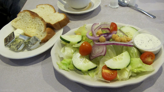 House salad and bread