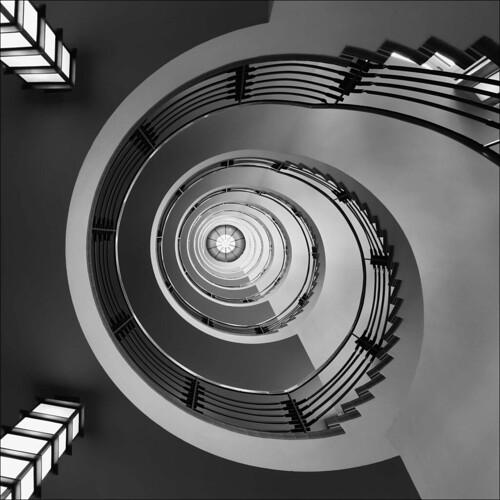 Hamburg, spiral staircase (explored)