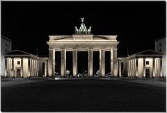 Berlin - Brandenburger Tor und Pariser Platz 02