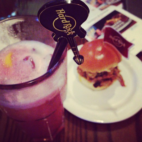 Cocktails and a baby burger that's called 'The Texan' #hardcore #hardrock