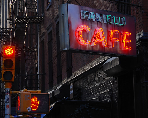 ... and one for the road - Fanelli Café by jankor