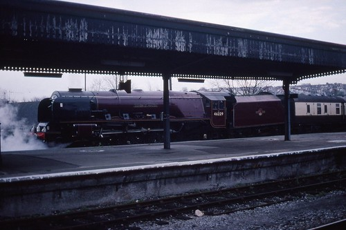 LMS 8P 'Coronation' 4-6-2 46229 'Duchess of Hamilton' derailed tender, Bristol Temple Meads 6.11.1994 Scans019