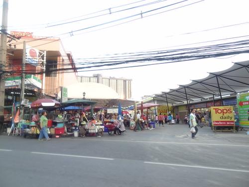 2013-10-12 Scenes de rue Bangkok (2)