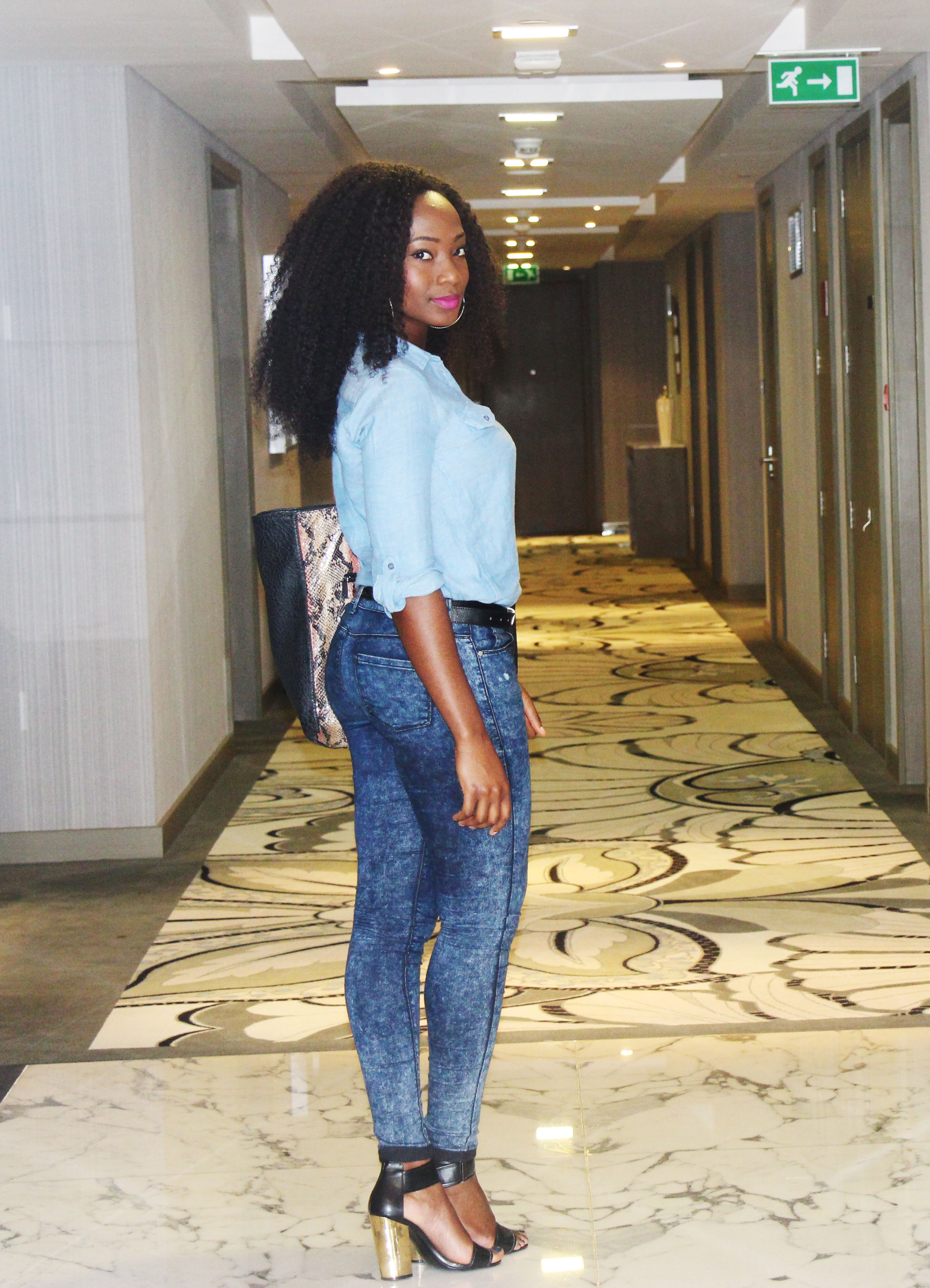 Casual outfit, denim on denim, fashion blog
