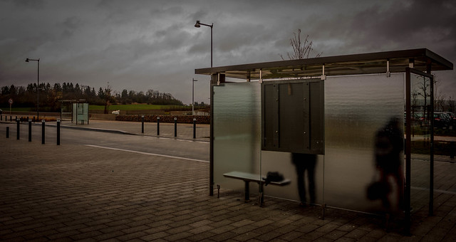 l'arrêt d'bus  #Flickr Friday #TheBusStop