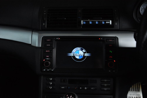 Bekas WTS Head Unit Dynavin BMW E46