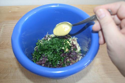 23 - Mit Senf würzen / Add mustard