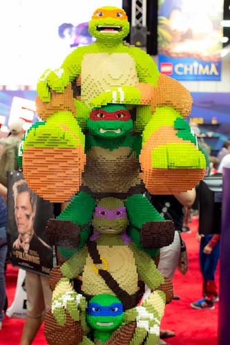 Lego Teenage Mutant Ninja Turtles Totem Pole
