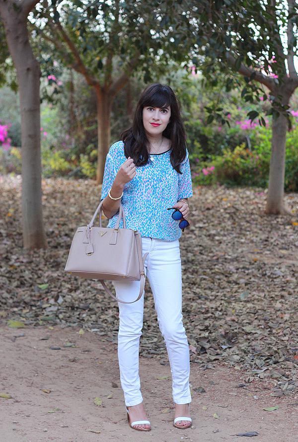 sandro top, prada bag, israeli fashion blog, בלוג אופנה, תיק פראדה, אפונה בלוג אופנה