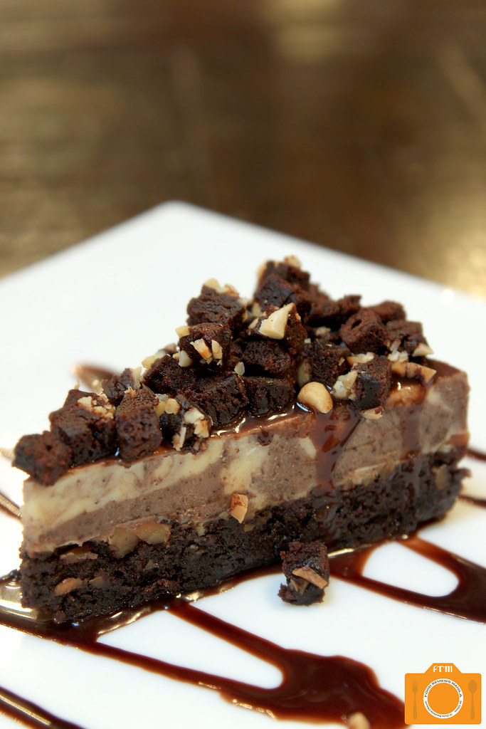 Urbn Bar Chocolate Brownie Cheesecake