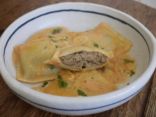 日, 2013-11-24 11:55 - Borgatti's Ravioli & Egg Noodles