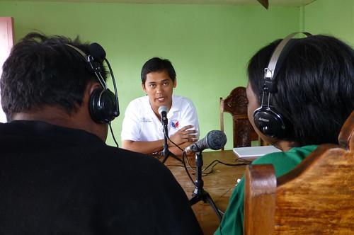Guiuan mayor on Radio Bakdaw